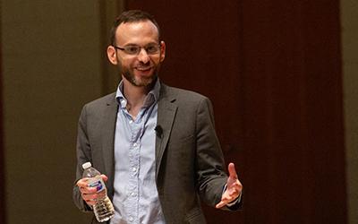 Seth Stephens-Davidowitz speaks on the Hudson Hall stage